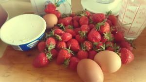 Glace à la fraise moelleuse à l'italienne